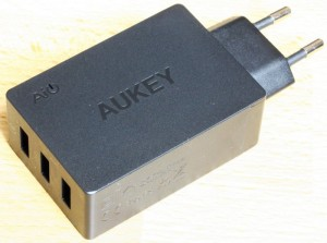 Chargeur Aukey PA-T2 b